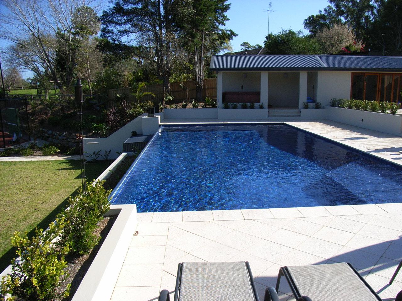 The pool design construction general blog tina c for Pool edges design